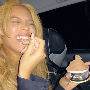 Beyonce eats gelato loving her new diet